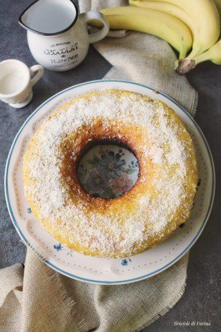 Torta sette vasetti senza bilancia al cocco e banana