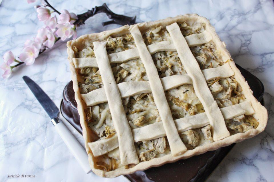 Torta salata con base al vino ripieni di carciofi sott'olio parmigiano e ricotta