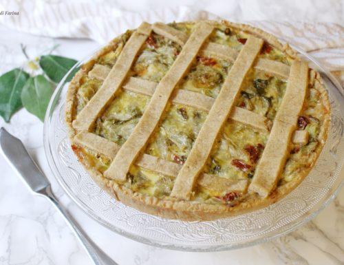 Crostata salata con indivia pomodorini secchi e formaggi