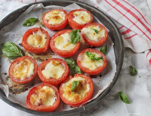 Pomodori ripieni di speck mozzarella e provola