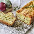 Plumcake salato ripieno di zucchine tritate pecorino e cipolla rossa di Tropea