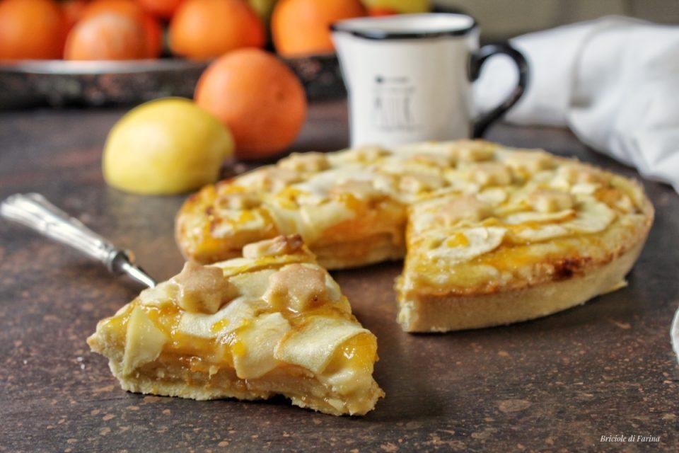 Crostata di frolla all'olio a strati con marmellata di arance e mele