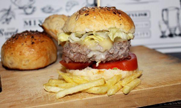 Pane per hamburger fatto in casa