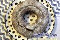 Ciambella alla canapa con composta di pere