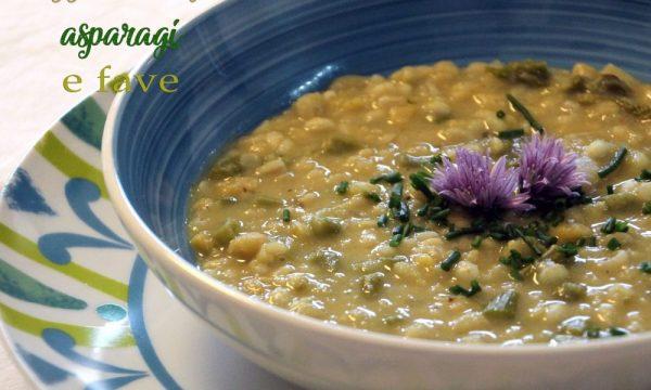 Zuppa di orzo, asparagi e fave