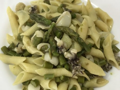 Garganelli seppie e asparagi