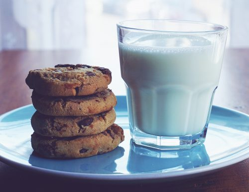 I migliori Chocolate Chip Cookies americani (biscotti con gocce di cioccolato)