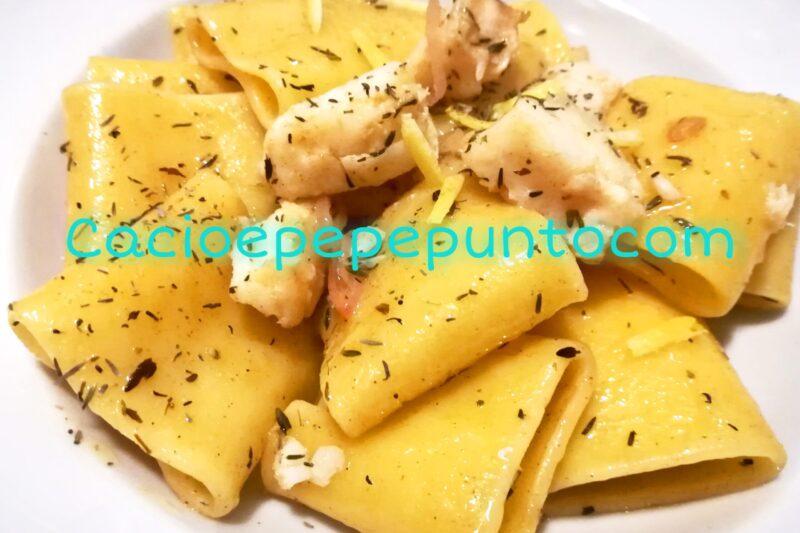 Paccheri agrumati al baccalà con beurre noisette