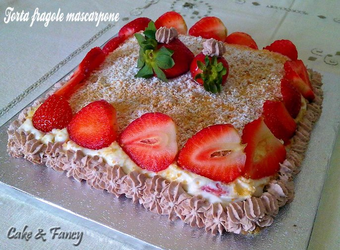 Torta fragole mascarpone