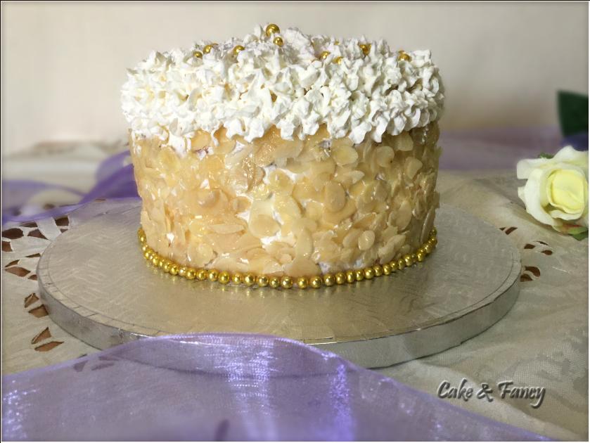 Torta panna e vaniglia C. & F.