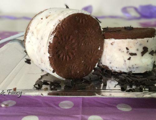 """Gelato biscotto fatto in casa """"senza gelatiera"""""""