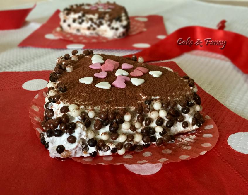 """Tortine San Valentino soffici a cuore """"ricetta facile"""""""