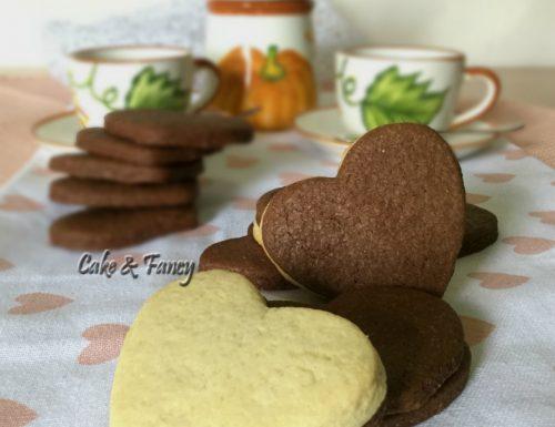 Biscotti San Valentino di frolla bicolore