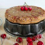 Torta rovesciata integrale con ciliegie
