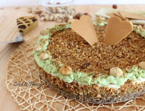 Cheesecake fredda nocciole e pistacchio