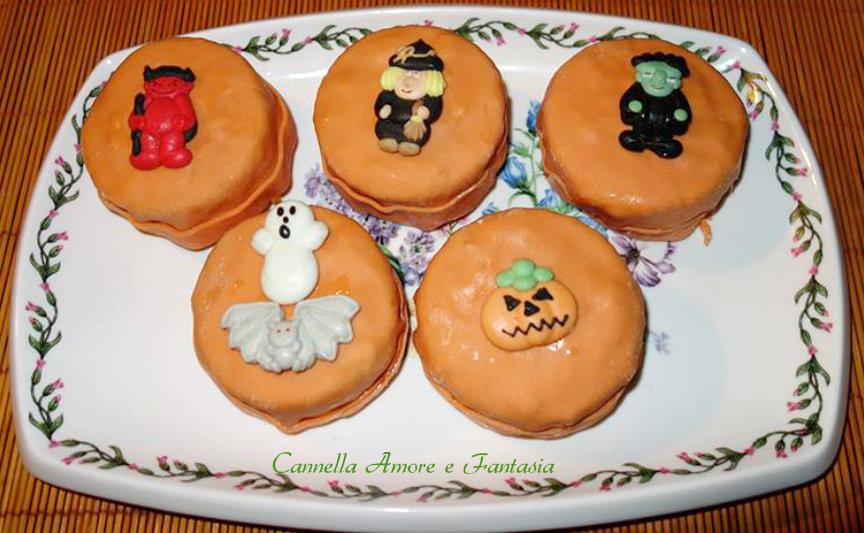Mini cake per Halloween alla zucca per i più piccoli