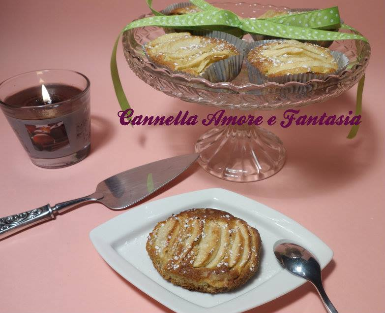 Tortine di mela e banana
