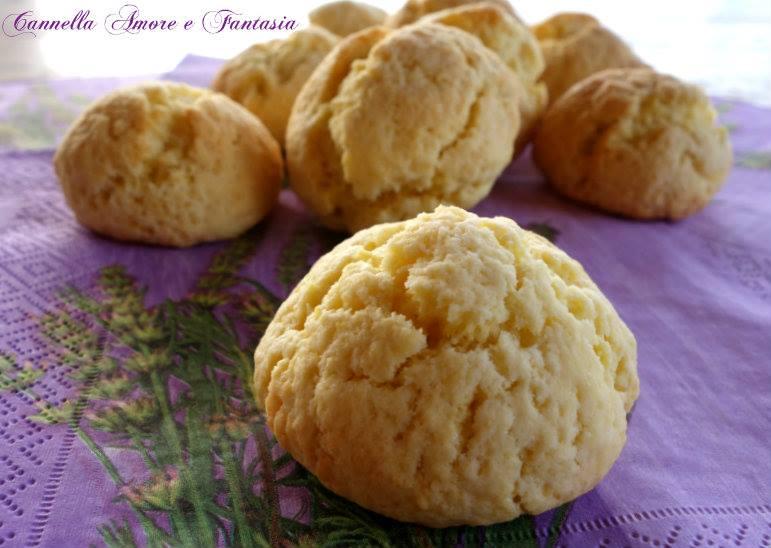 Castagnole al forno all'arancia senza burro