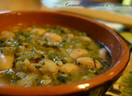 Zuppa contadina con farro e borlotti