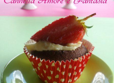 Cupcake al doppio cioccolato e fragola