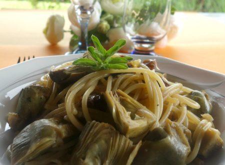 Spaghetti con carciofi in agrodolce
