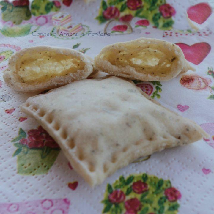 Sfogliatine di pane kamut e erbe aromatiche ricetta