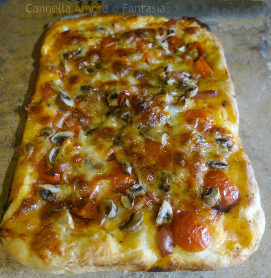 pizza-funghi-e-pomodorini 1