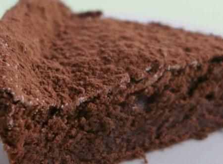 Torta cioccolattosa e super soffice