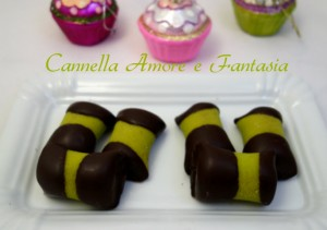 Pasticcini di marzapane di pistacchio e cioccolata la giusta