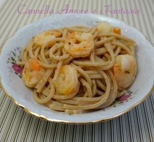 Spaghetti integrali con scampi agrumi e zenzero G+