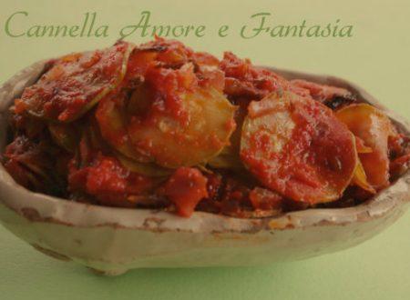 Zucchine in umido in padella alla Siciliana o cucuzzata
