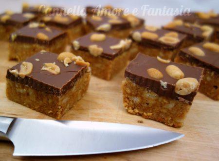 Torta Snickers senza cottura in forno