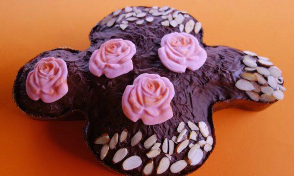 Colomba al cioccolato e mandorle vegan fatta in casa