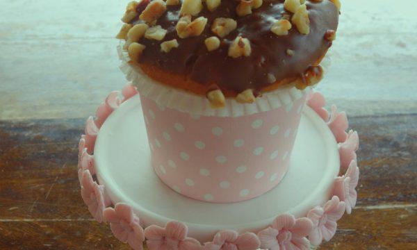 Cupcake vegani al cioccolato e nocciole