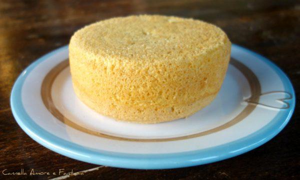 Base per torta decorata a tre piani cake design