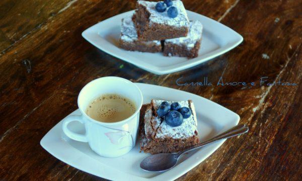 Brownies al cioccolato e mirtilli