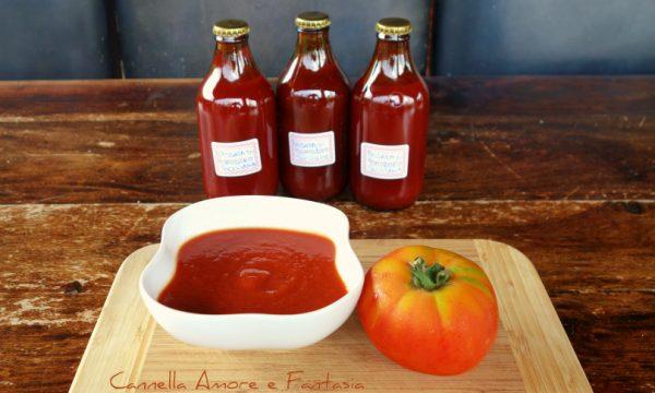 Passata di pomodoro alla siciliana per l'inverno