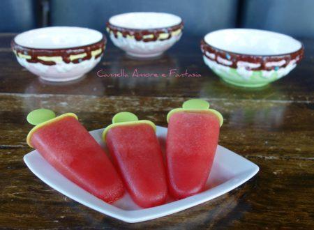 Ghiaccioli all'anguria senza zuccheri aggiunti