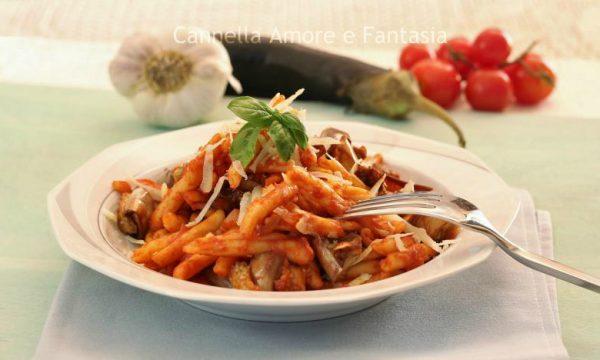 Pasta alla norma – Sicilian eggplant pasta