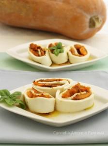 Rotolini di mozzarella con zucca grigliata -ricetta vegetariana.