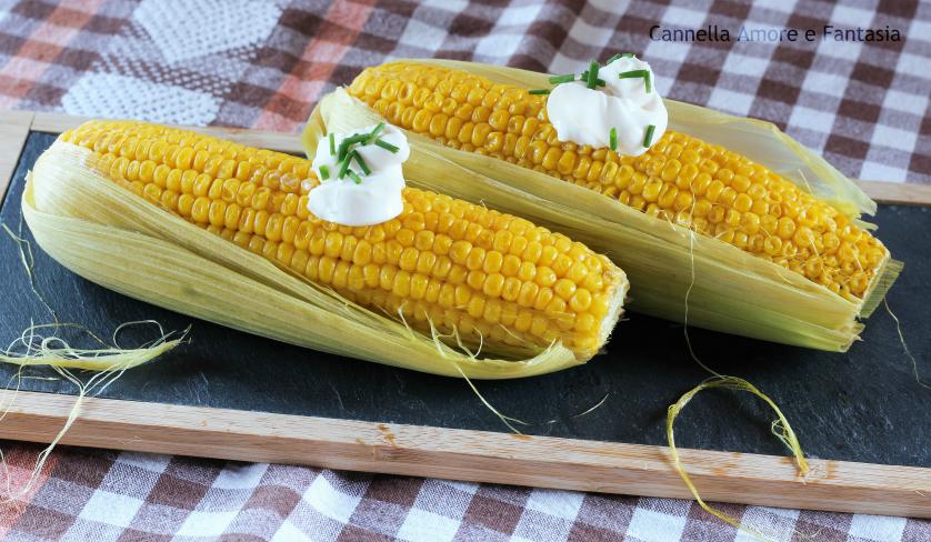 Pannocchie di mais dolce all'americana