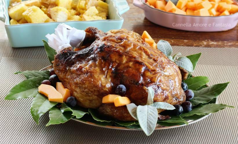 Il tacchino glassato allo sciroppo d'acero – ricetta tradizionale thanksgiving day