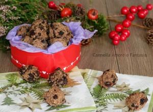 Biscotti khajur pak al cioccolato e uva passa +