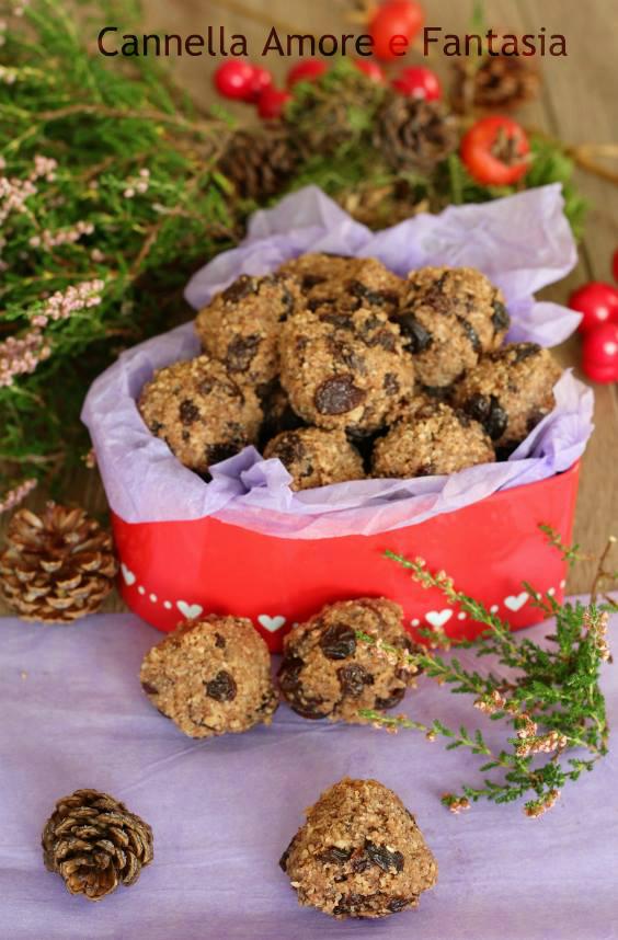 Biscotti khajur pak al cioccolato e uva passa 2