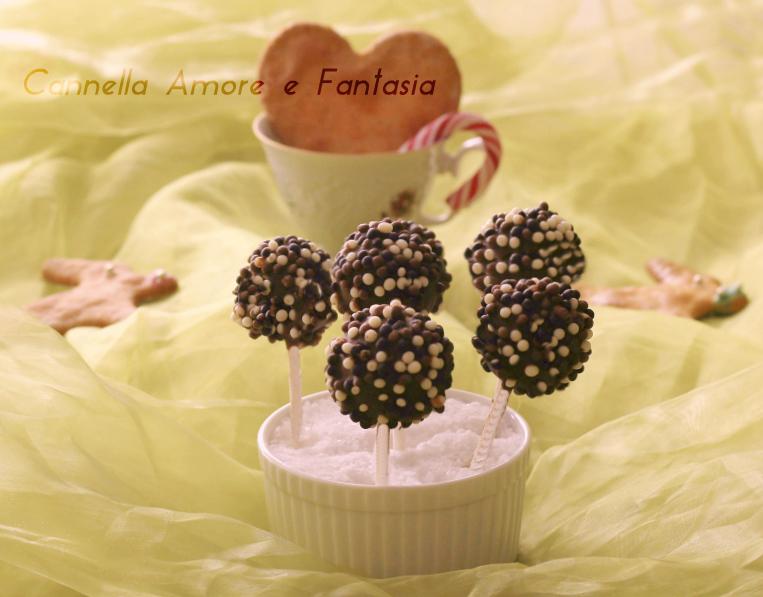 Cake pops nutella e pandoro – ricetta facile e golosa