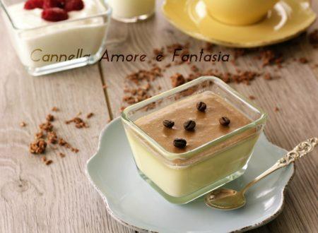 Panna cotta con caramello al cappuccino