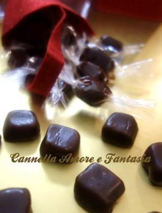 caramelle tofffee al cioccolato e arancia
