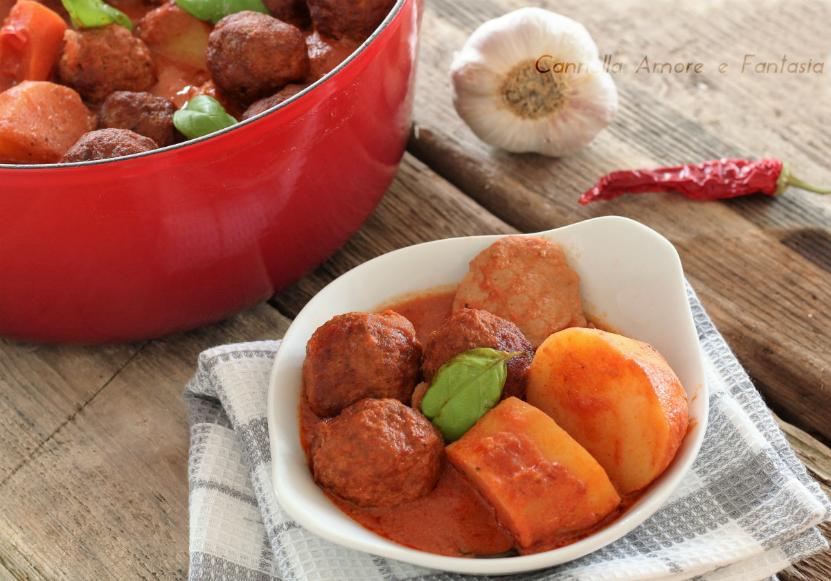 Sugo di carne e polpette alla siciliana