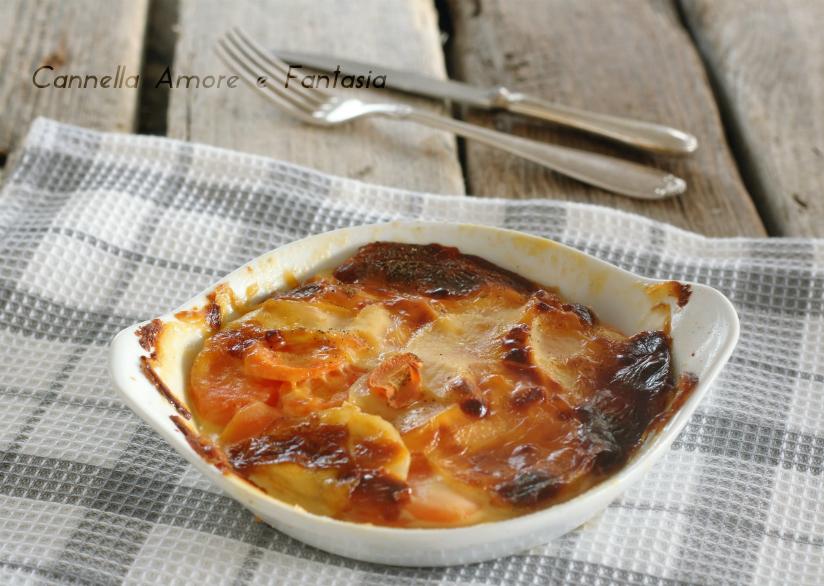 parmigiana di patate e carote .