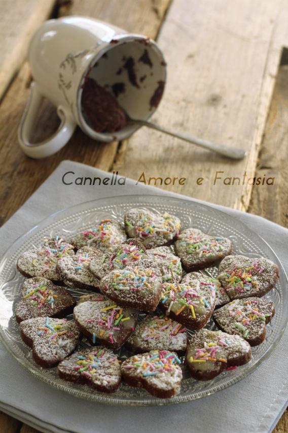 Biscotti al doppio cioccolato .
